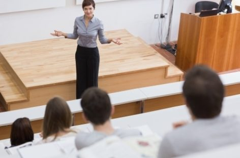 ¿Qué influye para que una mujer elija una carrera de ciencia, tecnología e innovación?
