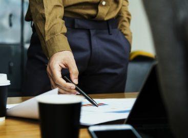 Si vas a buscar trabajo, no añadas a tu jefe como contacto en LinkedIn