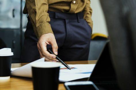Por los aumentos de sueldo, hay empleados que ganan más que sus jefes