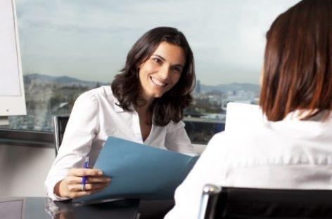 Redeban impulsa el trabajo femenino