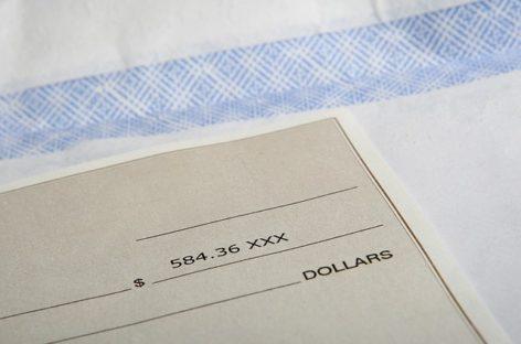 Gobierno uruguayo fija el salario mínimo mensual en US$412