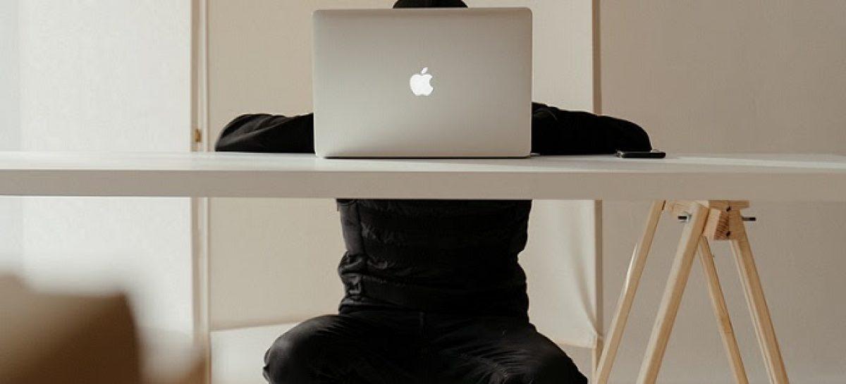 8 de cada 10 ejecutivos prefiere continuar con el trabajo desde la casa