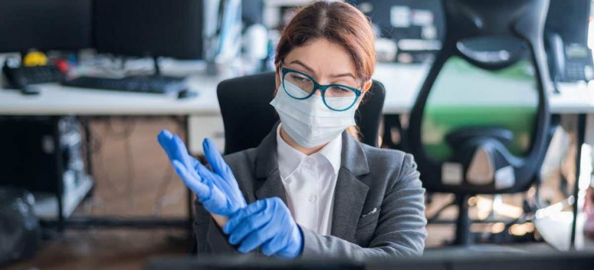 Hay pandemia, pues proteja a los empleados